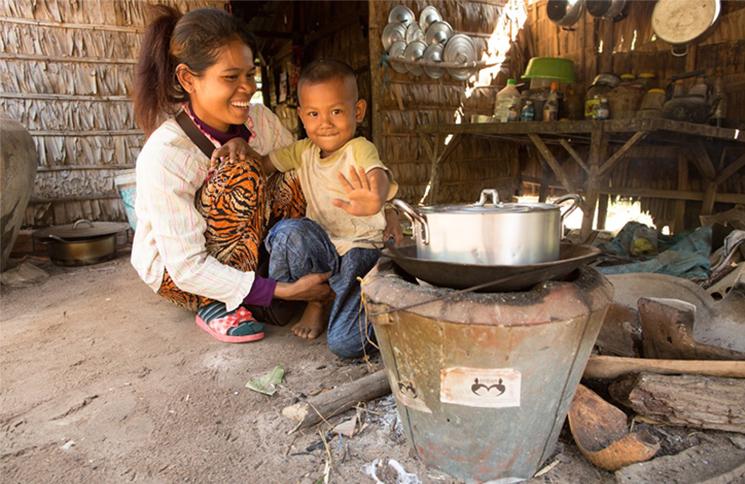 Projet d'amélioration des techniques de cuisson au Cambodge. Credits : GERES