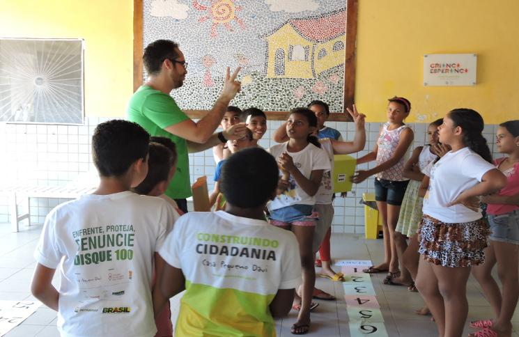 A Casa Pequeno Davi promove atividades de apoio a crianças e adolescentes na Paraíba e no Ceará